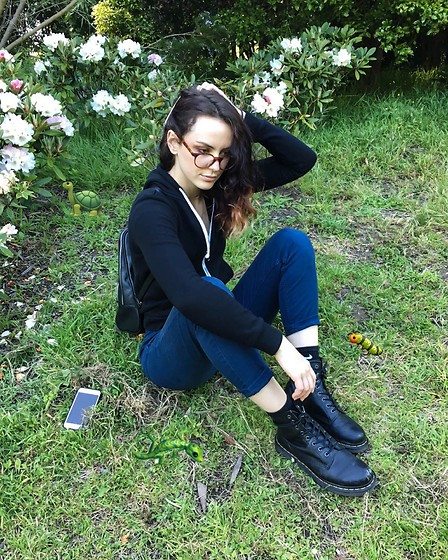 Wawa Baby - Dr. Martens Boots, Warby Parker Glasses - With my friends