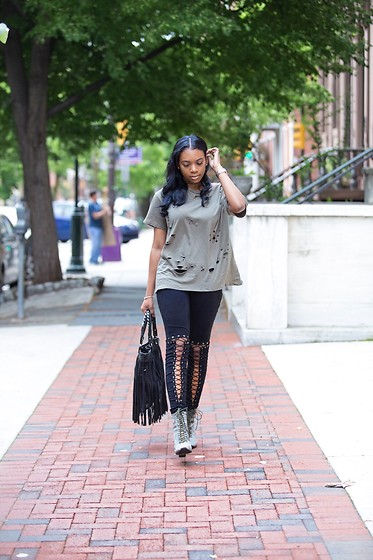 Kiera Cox - Tobi Distressed Tee, Lace Leggings - Laced and Distressed...