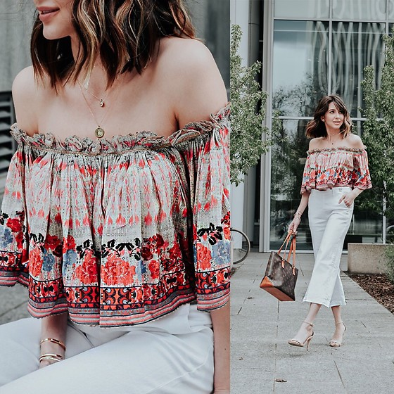 Amber - Anthropologie Floral Off The Shoulder Crop Top, Anthropologie White Cropped Jeans, Louis Vuitton Bag - The summer crop top