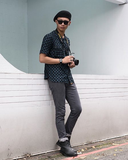 Anan Chien - Cheap Monday Sunglasses, Wisdom Shirt, Uniqlo Jeans, Jackandjones Shoes - 20170524