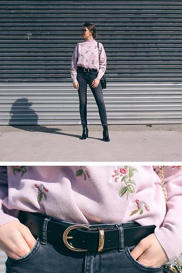 Jade Sheils - New Look Floral Crew Neck, Zara Grey Jeans, River Island Black Patent Boots, New Look Gold Buckle Belt - Feeling Floral
