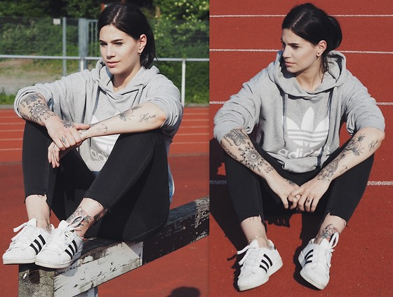 Nina Wirths - Adidas Sweater, Adidas Shoes, Cheap Monday Jeans - Adidas.