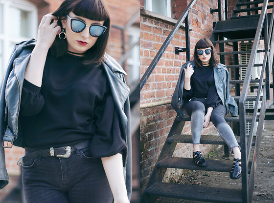 Amy Souter - Zara Ombre Skinny Jeans, Topshop Jelly Sandals, Primark Black Sweater, Primark Western Belt Buckle, Conbipel Vintage Leather Jacket, Primark Sunglasses - Vintage Daze