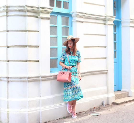 Mayo Wo - L Carene Lace Dress, Pedder Red Satin Sneakers - Note to self: wear more turquoise + pink