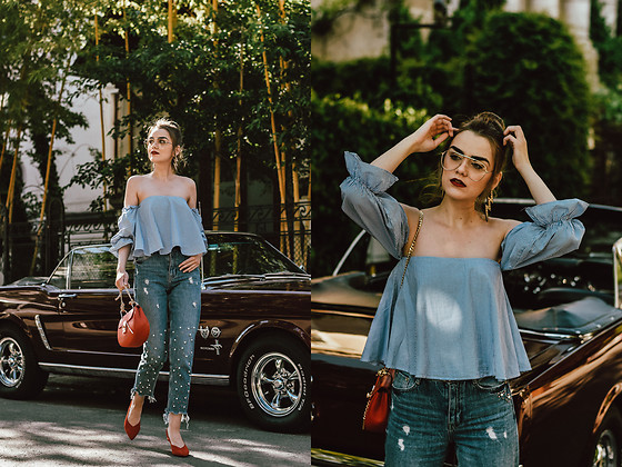 Andreea Birsan -  - Time to dust off your favorite off shoulder top
