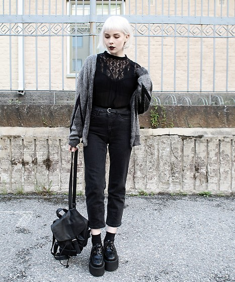 Thelma Malna - 2nd Hand Cardigan, Kappahl Blouse, Gina Tricot Belt, Lindex Jeans, H&M Backpack, Underground Triple Sole Creepers - TRIPLE SOLE CREEPERS