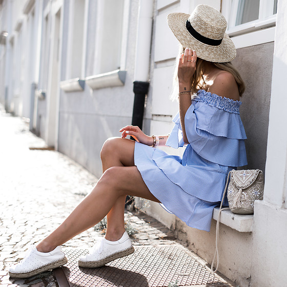 Catherine V. - H&M Straw Hat, Prettylittlethings Ruffles Dress, Sacha Sneakerdrilles, Bijou Brigitte Bag - The perfect shoes for summer dresses