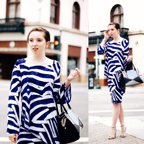 The Indie Girl Fleming - Code Vitesse Striped Pencil Skirt, Code Vitesse Striped Tunic - ROUND TRIP WITH CODE VITESSE