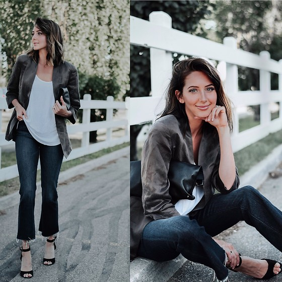 Amber - Eileen Fisher Silk Jacket, Rag & Bone Flare Jeans, Club Monaco Black Strappy Heels - Crop flare denim jeans