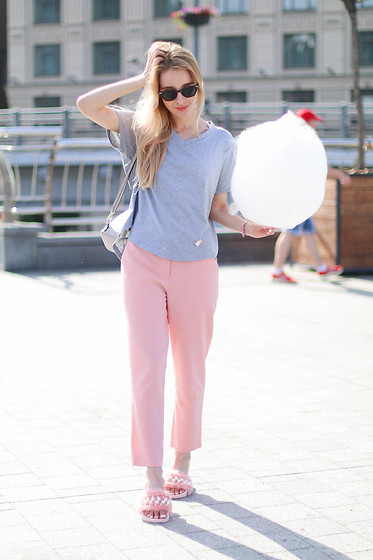 Anna Pogribnyak - Zaful T Shirt, Zerouv Glasses, Zaful Ankle Bracelet - Pink is my comfort zone