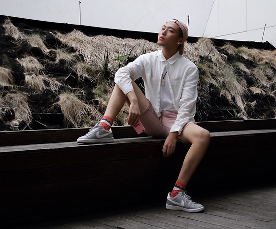 Jay Zhong - H&M Pink Denim Shorts, H&M White Shirt, Springfield Pink Hat, Nike Shoes - Pink