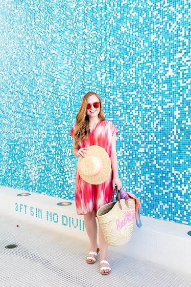 Ashley Hutchinson - Elie Tahari Pink Ikat Dress, Shein White Scalloped Sandals, White Elephant Designs Rosé All Day Beach Tote Bag, Asos Pink Boater Hat, Gentle Monster Pink Marbled Mirrored Sunglasses - Pink Poolside Look
