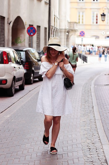 Marta S. - Romwe White Dress, Mohito Summer Hat, Renee Black Shoes - White summer dress