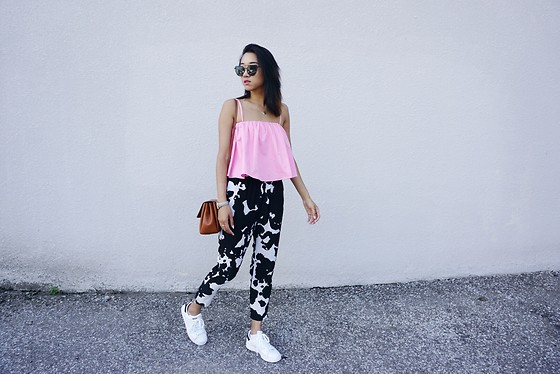 Jeannie Y - Zara Top, Stan Smith Sneakers, Aritzia Crossbody - The Break