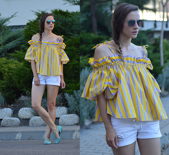 Miha Teicu - Chicwish Striped Yellow Off Shoulder Top - And it was all yellow