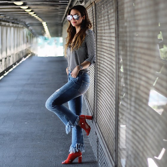 Alyssa Melendez - Striped Shirt, Fringed Jeans, Red Heels, Quay Sunglasses - Street Style