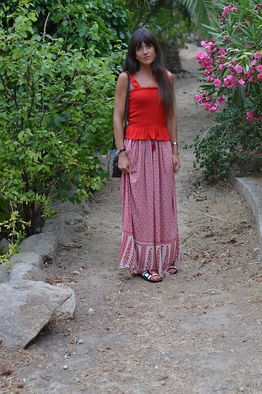Jeanne -  - Modest Fashion Inspo ♥Maxi Skirt and Dior Slides