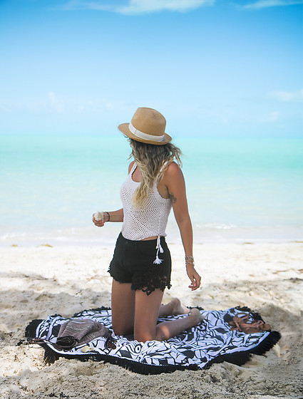 Kassy D - H&M Hat, Vintage Crochet Top, Forever 21 High Rise Shorts, Apana Towel - Beach Day