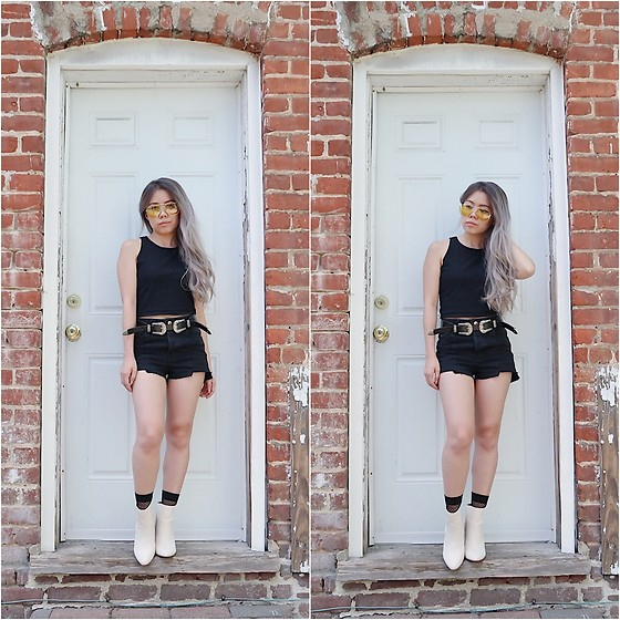 Sandy Y - Amazon Yellow Sunnies, H&M Black Tank Top, Shein Double Buckle Belt, H&M Black Cut Off Shorts, Amazon Fishnet Socks, Forever 21 Ivory Booties - Black on Black is Back