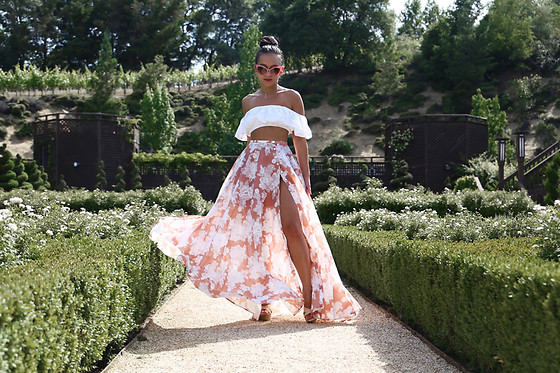 K T Reed - Ktrcollection Floral Nude Blush Maxi Skirt - Maxi  Moment