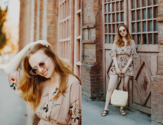 Kristina Magdalina - Sunglassla Sunglasses, Zaful Romper, Sammydress Bag - Summer Look With Flower Romper