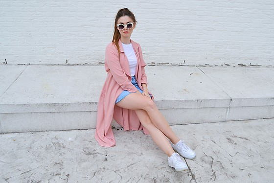 Sofie Rome - Primark Pink Coat, H&M Button Up Skirt, Komono White Sunglasses, Reebok White Sneakers - I want candy