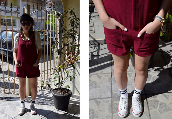 Luiza Moraes - All Star Converse, Youcom Top - Striped tube socks