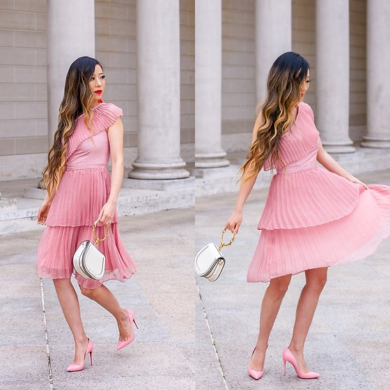 Sasa Zoe - Dress, 20% Off Earrings, Heels, Bag - PLEATED DUSTY PINK