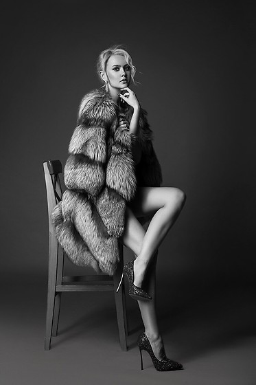 Dasha Nesterova -  - Love fur