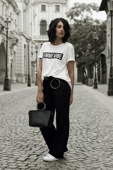 Ellone Andreea - H&M Message T Shirt, Mango Ring Belt, H&M Pajama Pants, Adidas Superstars, Zara Ring Bag - The Off-duty Duty Look