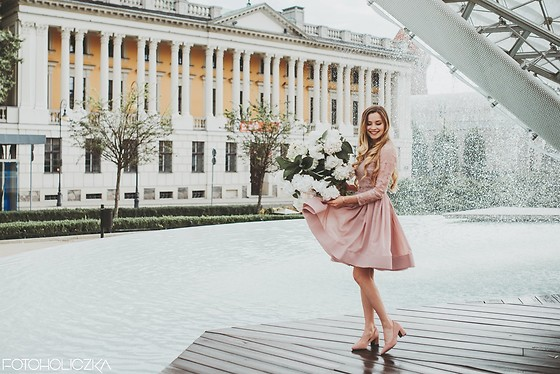 Juliette Jakubowska -  - PHOTOS WITH HYDRANGEAS. THE MOST BEAUTIFUL DRESS FOR WEDDING
