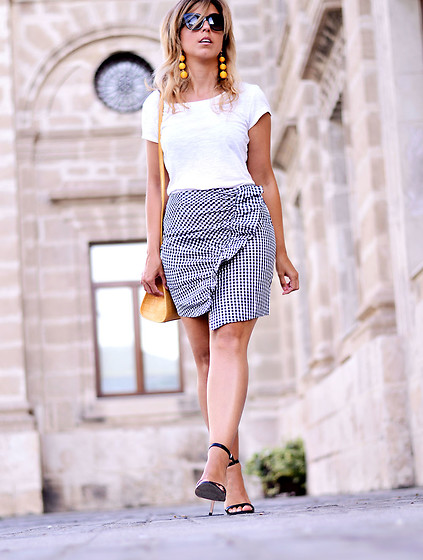 Mara M - Romwe Skirt, Romwe Earrings - Frill gingham skirt