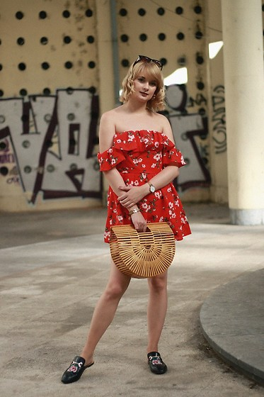 Ana Vukosavljevic - Zaful Jumpsuit, Cult Gaia Bag, Ego Official Mules - Floral Jumpsuit