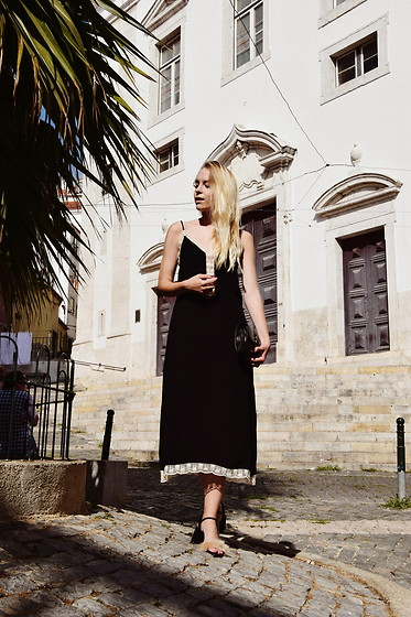 TripByTriplets B. - Zara Dress, Zara Shoes, Zara Bag - LISBON LOOK