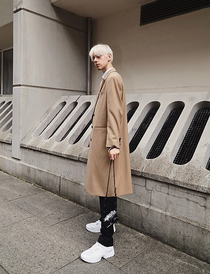 Mikko Puttonen - Derrohe Coat, Olympus Camera, Kenzo Shoes - Monday