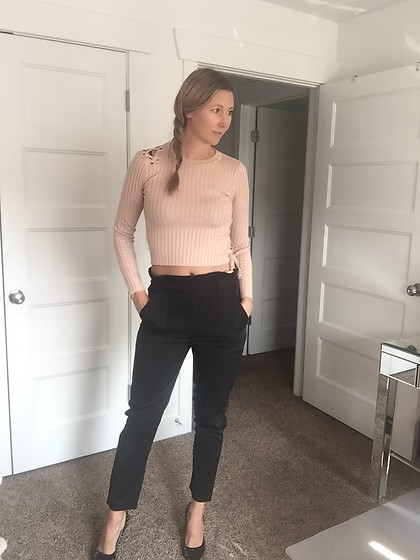 Cindy Batchelor - Amazon Beige Crop Top Sweater, Amazon Black Crop Trousers $14 - Beige Crop Top Sweater and Black Crop Trousers