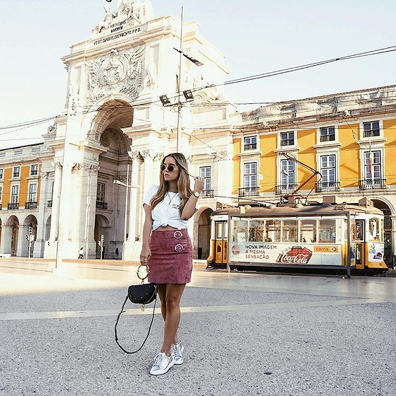 Fashiontwinstinct - Minty Square Print Shirt, Lacoste Sneakers - Silver Kicks in Lisbon.