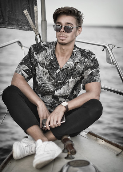 Edgar - Midnight Surf Monochrome Floral Shirt, Zara Black Cropped Pants, Reebok White Classics Sneakers, Black Framed Sunglasses, Daniel Wellington Leather Watch - BOAT TRIP