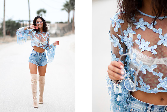 Maray - Rosegal Top, Zara Shorts, Public Desire Boots - Flower&Camel