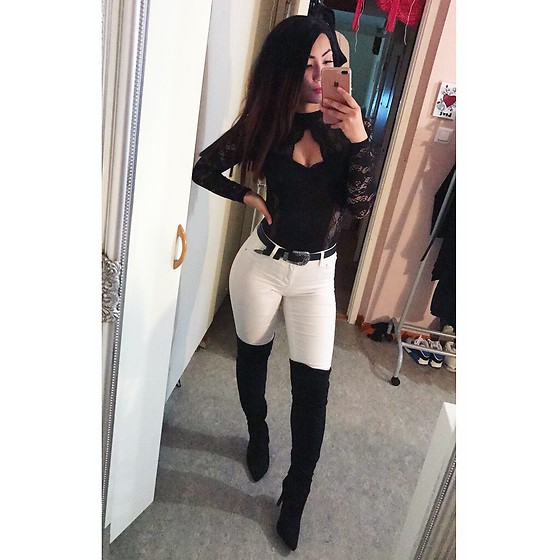 Jenny Drugge - Nelly Kneeboots, Bik Bok Body, Cubus Jeans - Black and white