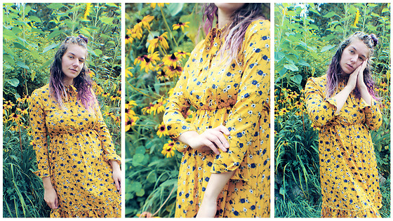 Lucill Anna - Wonder Beauty Yellow Dress - S e p t e m b r r r