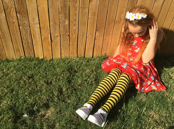 Emily Elizabeth - Forever 21 Red Floral Dress, Hot Topic Red Petty Coat, Amazon Bumblebee Tights, Amazon White Jellies, Forever 21 Daisy Hair Clips - Me Before You