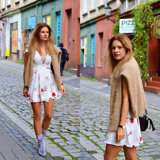 Kamila Libelula - New Look Sweater, Lightinthebox Dress, Renee Boots, Fabiola Bag, Daniel Wellington Watch - Fall Floral Dress