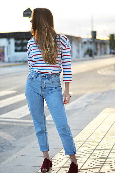 Lara Siles - Monki Top, Zara Mules - ALL ABOUT STRIPES