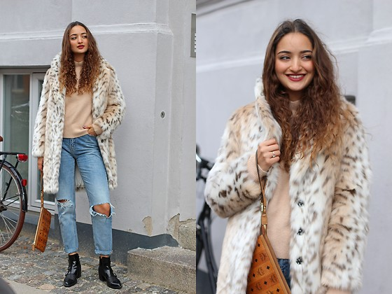Ranim H. - French Connection Leopard Coat, Reserved Jeans - Leopard Love
