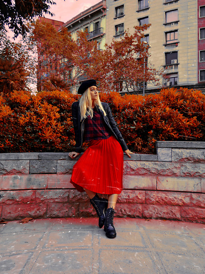 Sabina B - Tally Weijl Black & Red Flannel T Shirt, Zara Biker Leather Jacket, Stradivarius Beret, Massimo Dutti Lace Up Boots - The mellow time