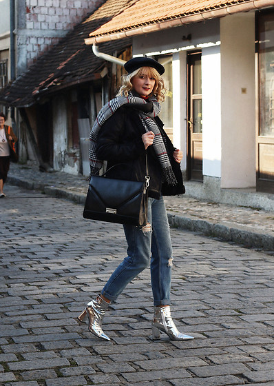 Ana Vukosavljevic - Tom Tailor Jacket, Picard Bag, Pull & Bear Jeans, Ego Boots, Tom Tailor Scarf, New Yorker Beret - How To Stay Stylish And Warm During The Winter?