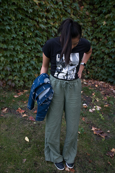 Olivia Corcoran - Cotton On Guns & Roses Tee, Target Green Pants, Constellations Denim Jackey - Graphics + Flowy Pants