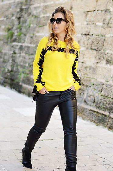 Mara M - Shein Sweater - Yellow sweater