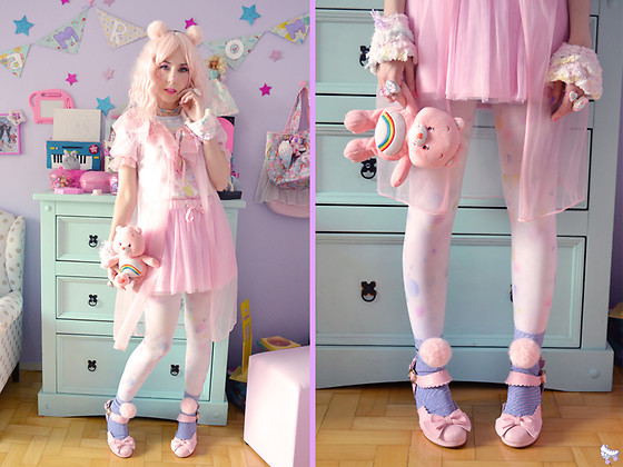 Luly Pastel Cubes - Unicorn Holic Pink Shoes, Lockshop Pink Hair, Forever 21 Pompom - Care bears look